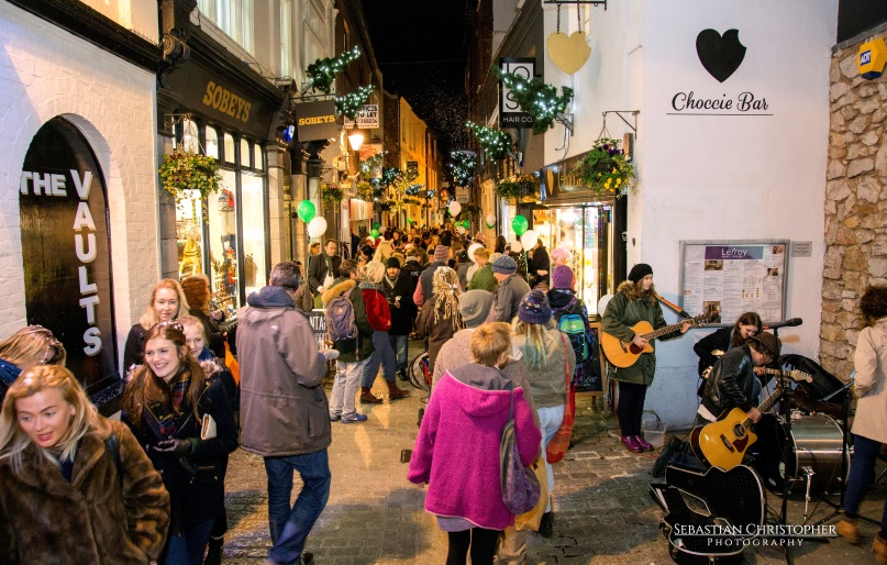 Christmas shopping on Gandy Street (c) Sebastian Christopher Photography