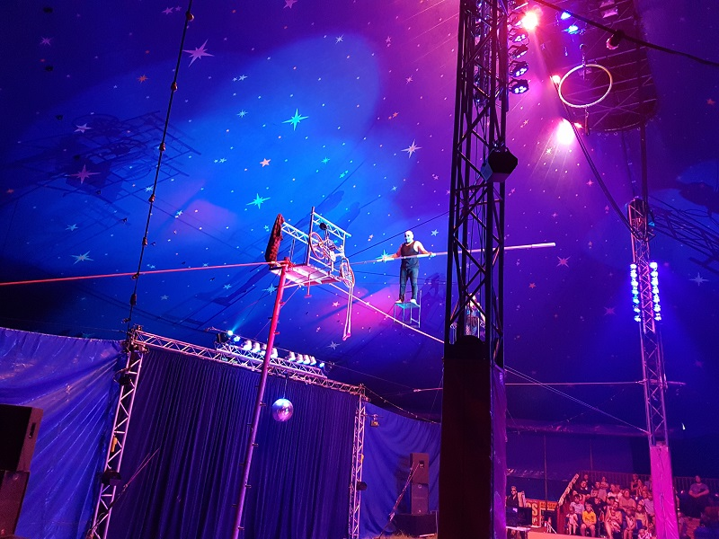 Los Sanchez on the tightrope at Paulos Circus