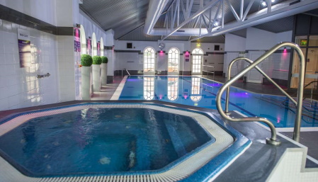 Southgate Hotel Swimming Pool