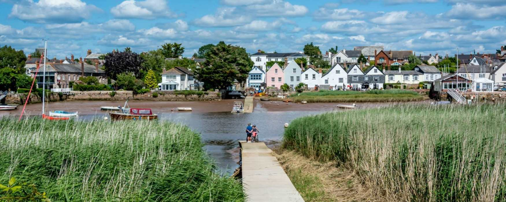 Exe Estuary Trail at Topsham (c) Jan Penny