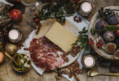 Guest Blog: Festive Cheese Tasting Evening at Quicke's Farm