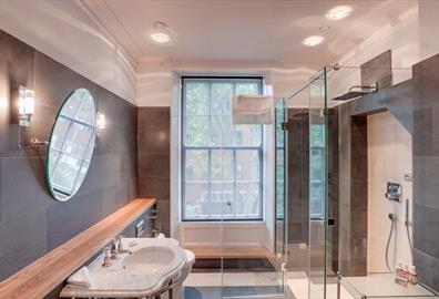 Guest Blog: Four Golden Rules for a Boutique Hotel Bathroom