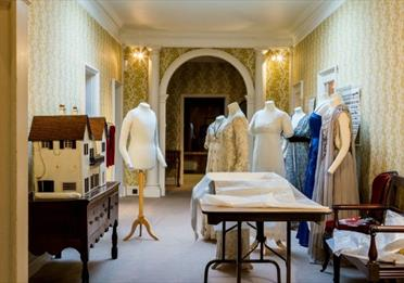 Exeter - Killerton's Fashion is Back!
