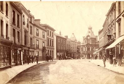 Fore Street, Tiverton c.1900