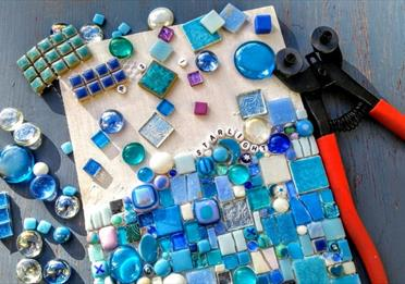 Make a Mosaic: Adult Workshop
