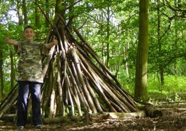 Home From Home: Shelter building with Wildwise