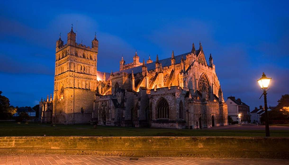 Exeter Cathedral - Candlelight Concert