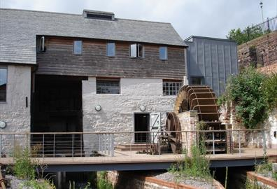 Cricklepit Mill: Milling at Cricklepit Mill